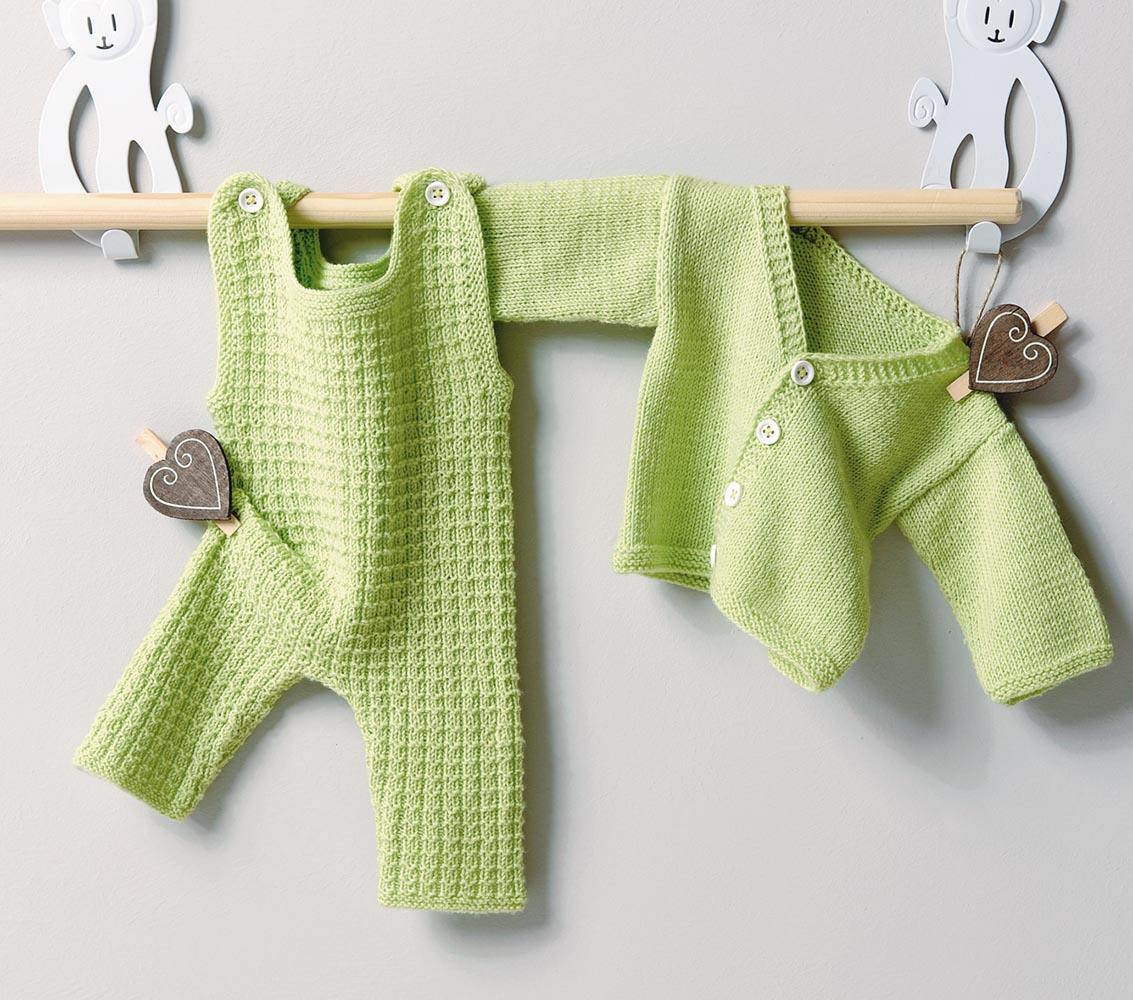 схема вязания манишки малышу