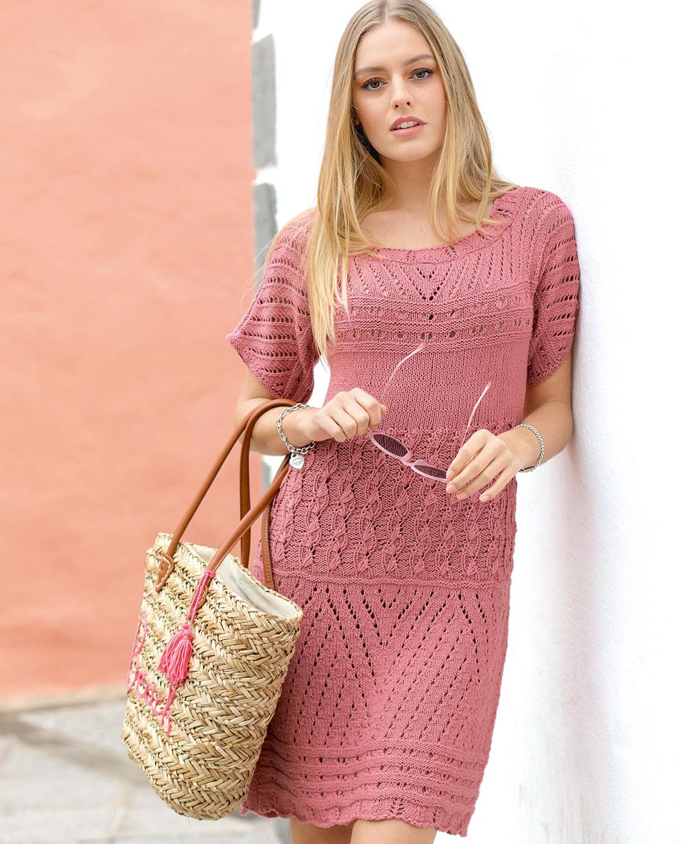 Платье с сочетанием узоров