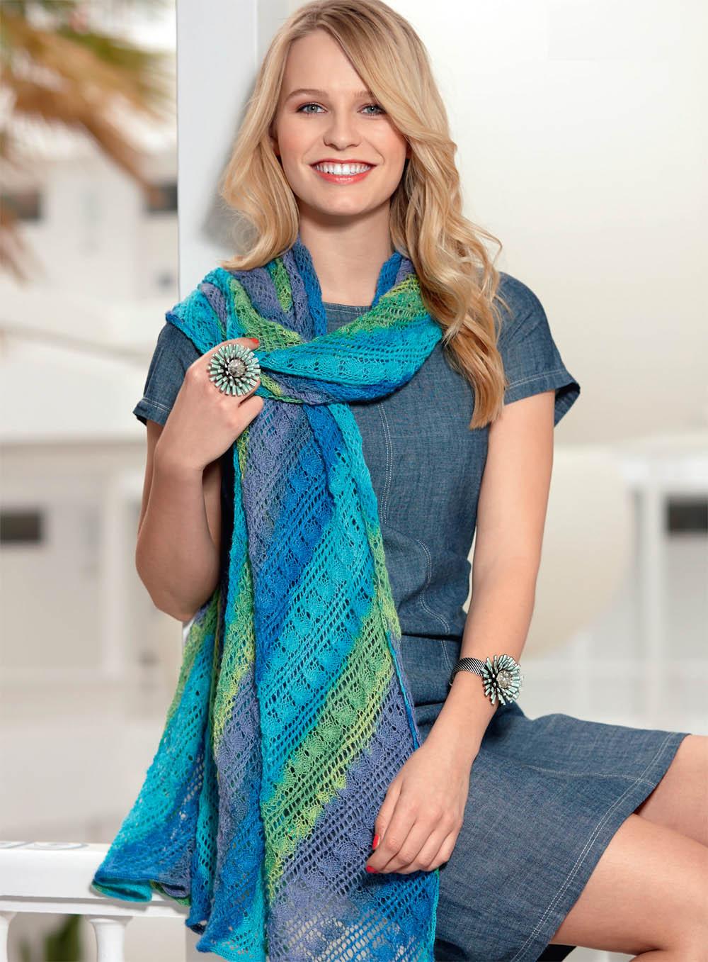 ажурный шарф с диагональными полосками схема вязания спицами