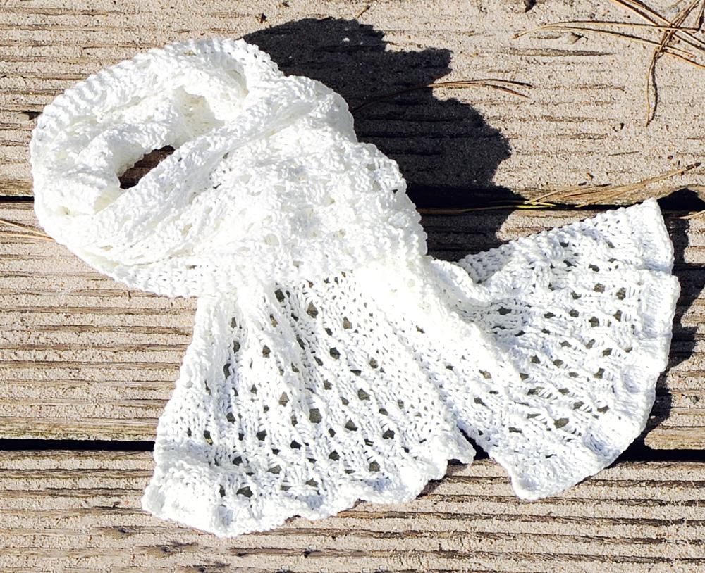 Ажурный шарф для девочки спицами