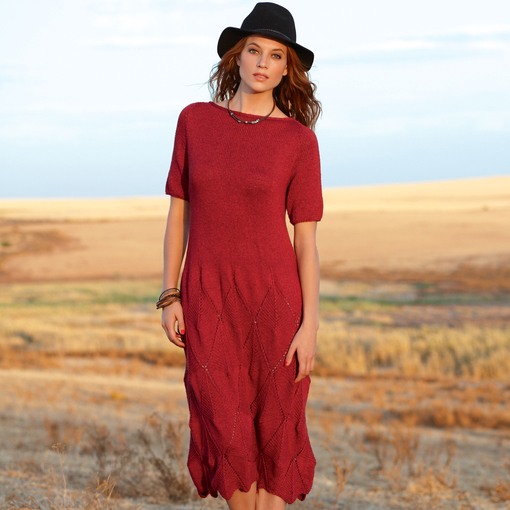 Платье с узором из ромбов