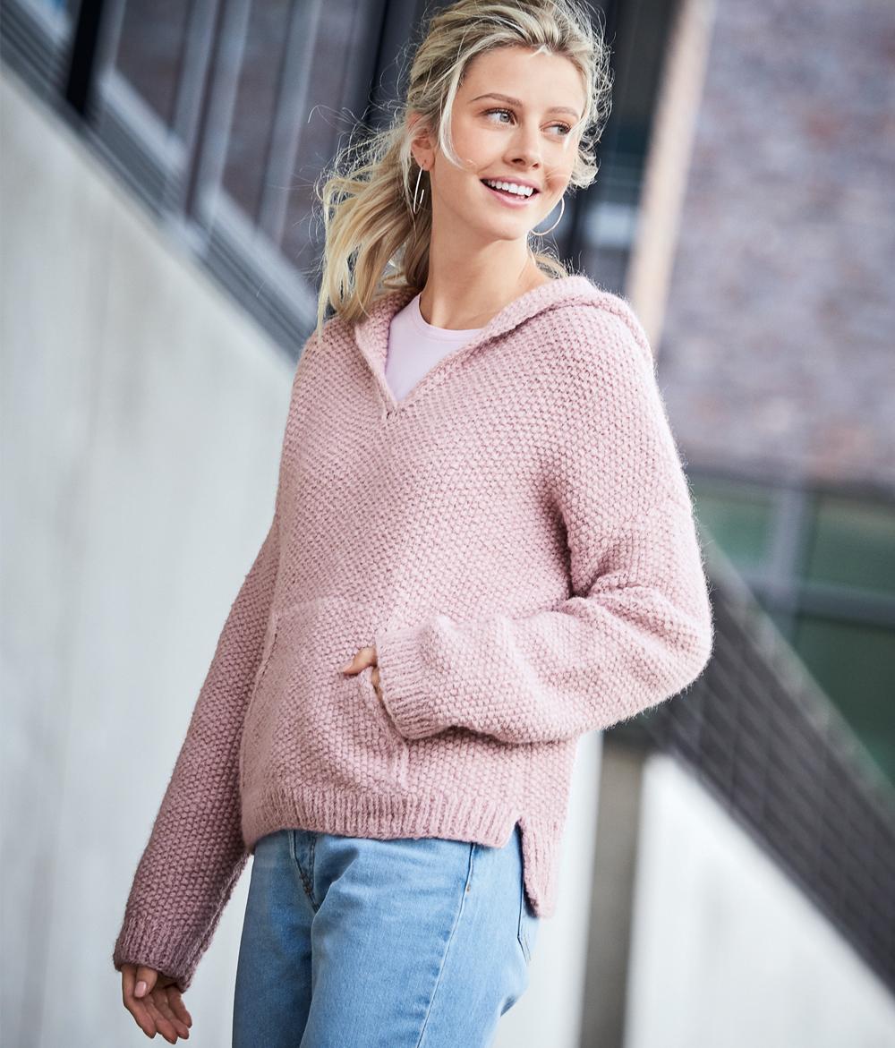 Розовый пуловер с капюшоном и карманом-кенгуру