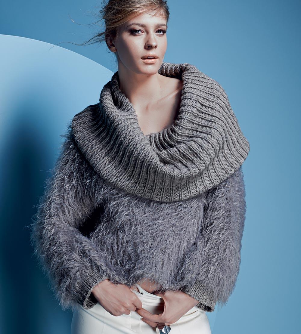 811c710f18465ec Короткий свитер с большим воротником - схема вязания спицами. Вяжем Свитеры  на Verena.ru