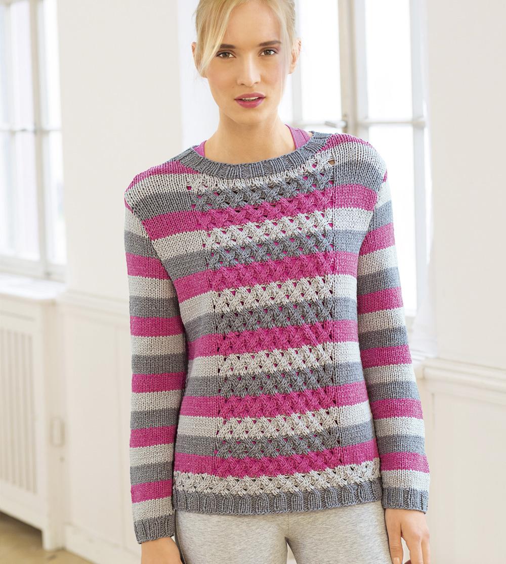 Джемпер в полоску с плетеным узором