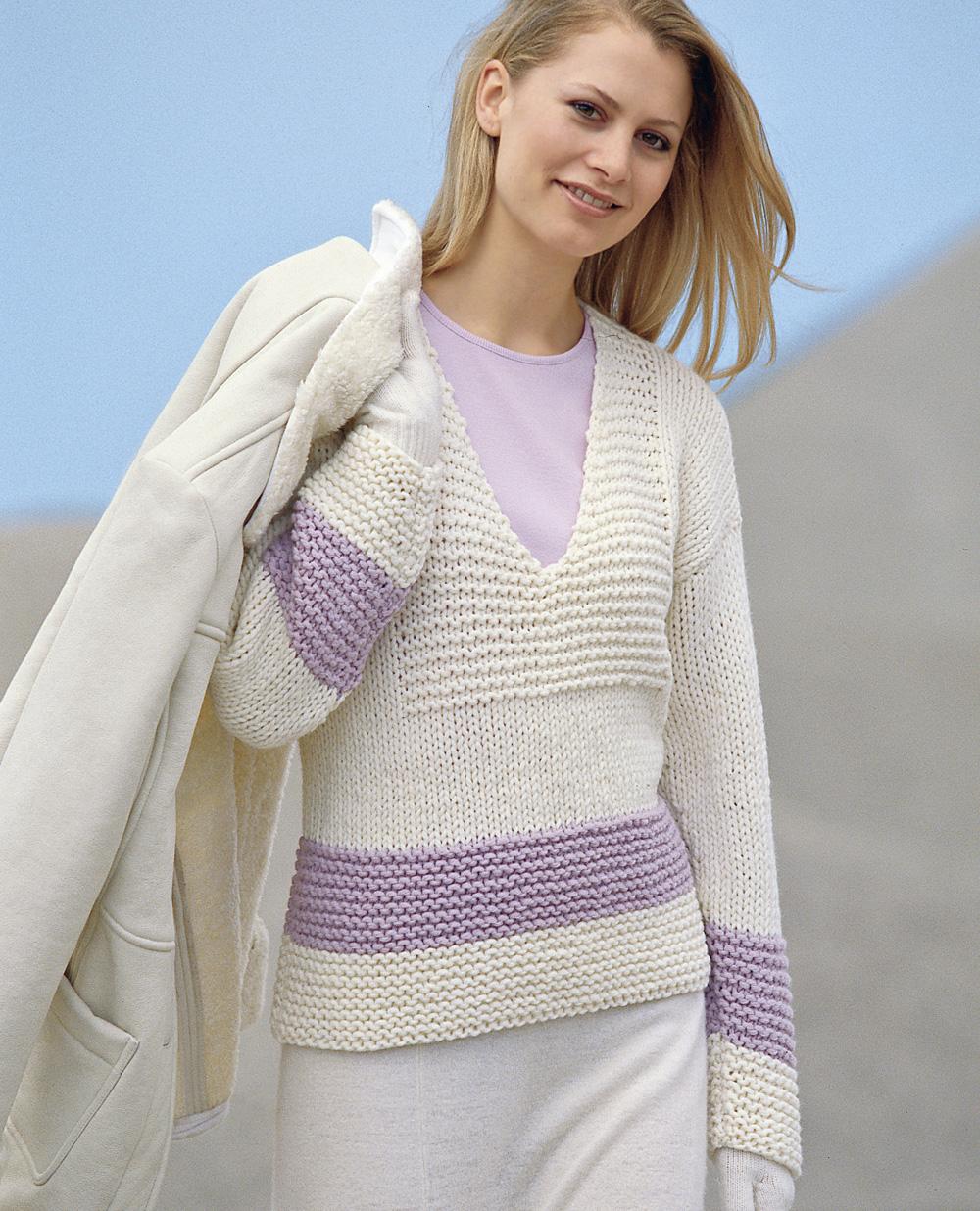 пуловер с глубоким V образным вырезом схема вязания спицами вяжем
