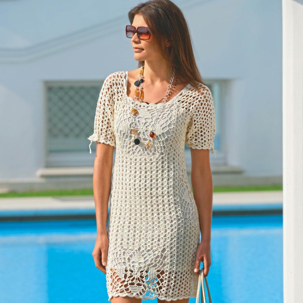 Ажурное платье с кружевными квадратами