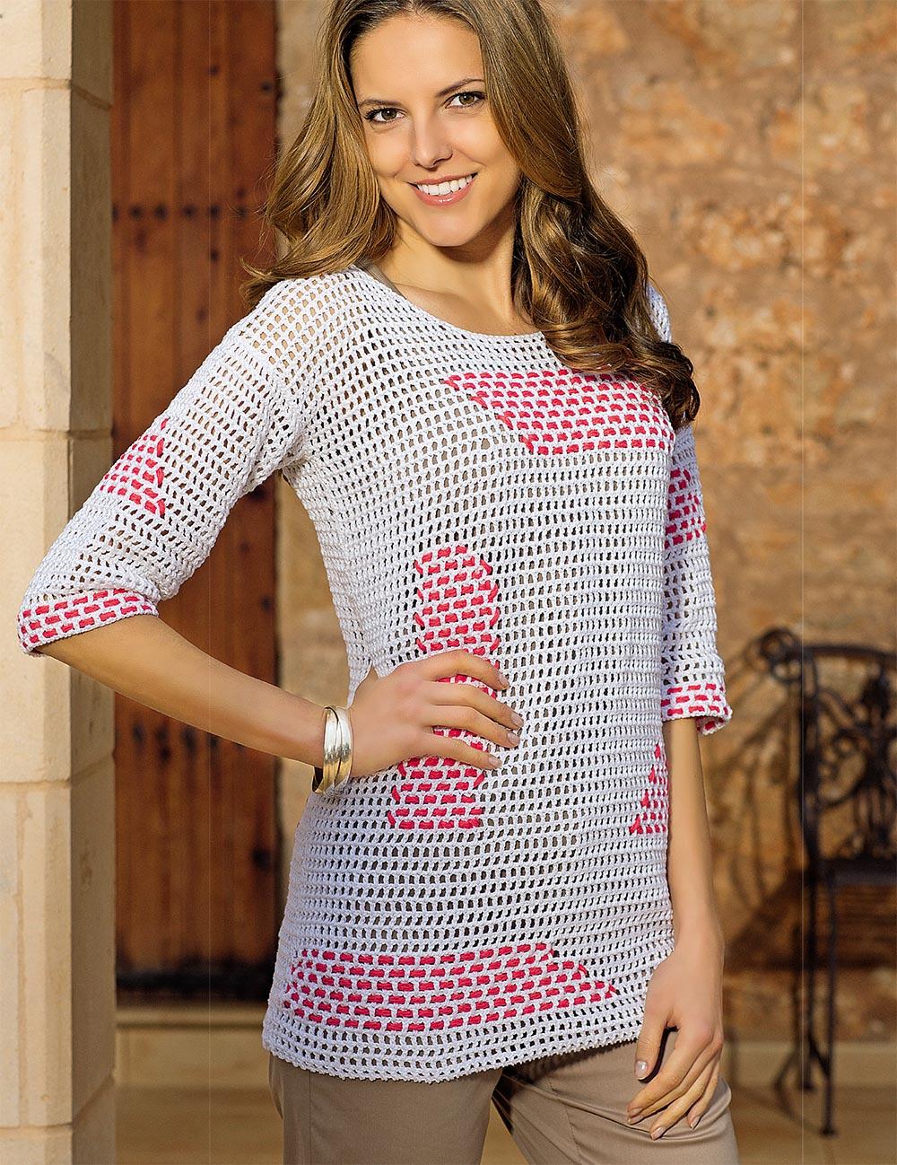 Пуловер с филейным узором