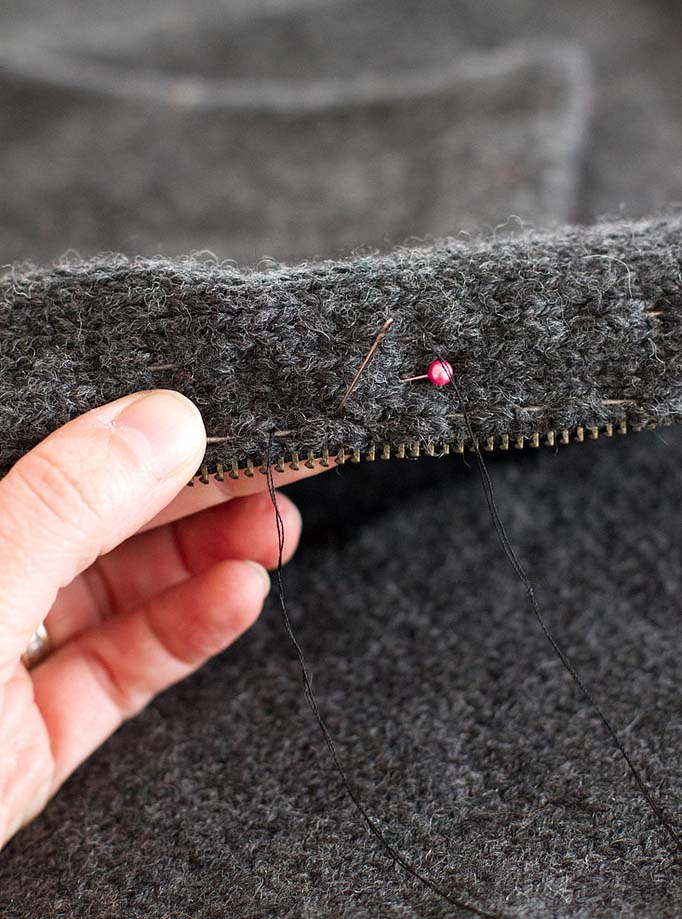 Как вшить молнию в вязаное изделие