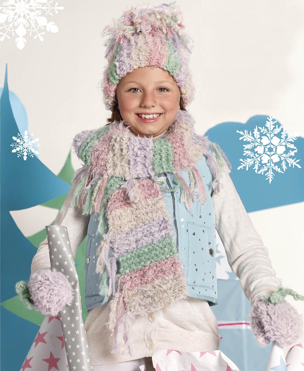 детский комплект из шапки шарфа и варежек схема вязания спицами