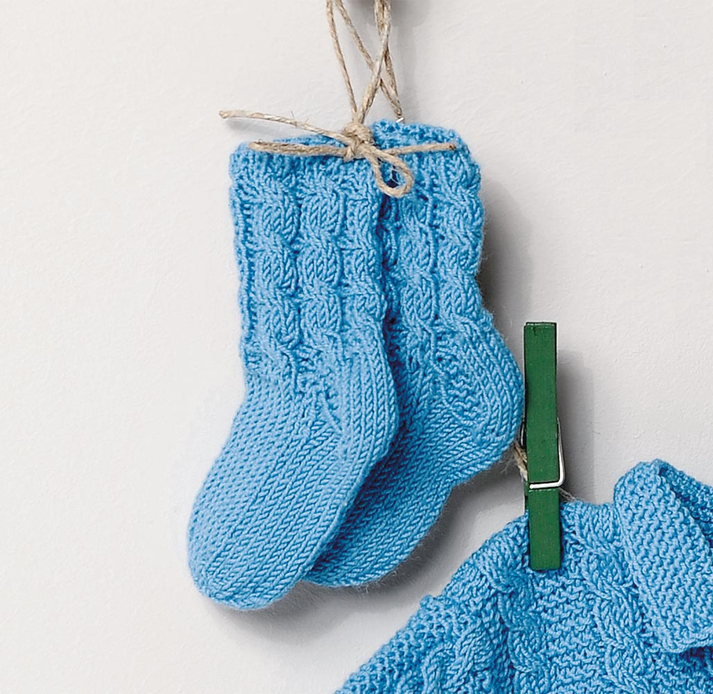 Вязание носок с косами 358