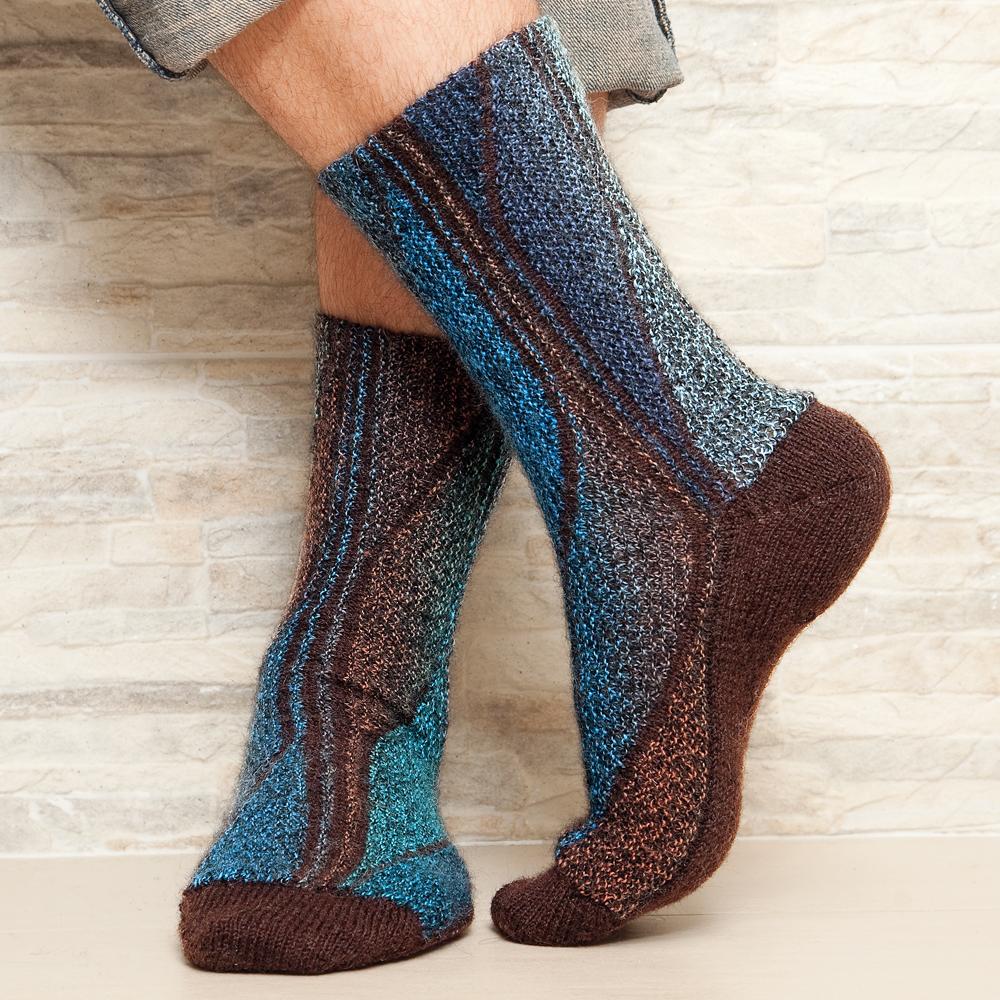 Мужские носки в технике свинг - схема вязания спицами ...