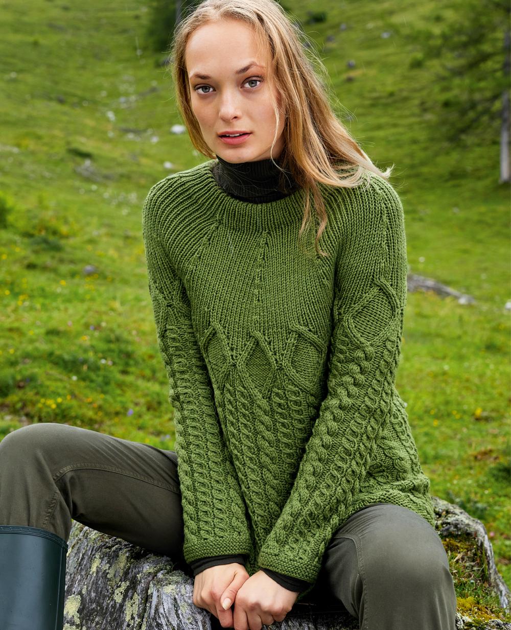 Вязаные свитера спицами женские схемы, описание и видео 74