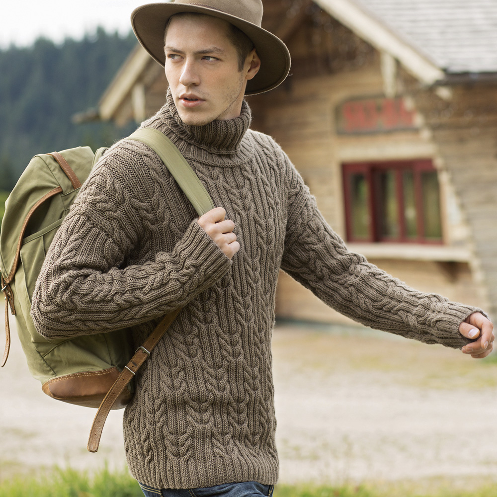 Мужской пуловер крупной вязки